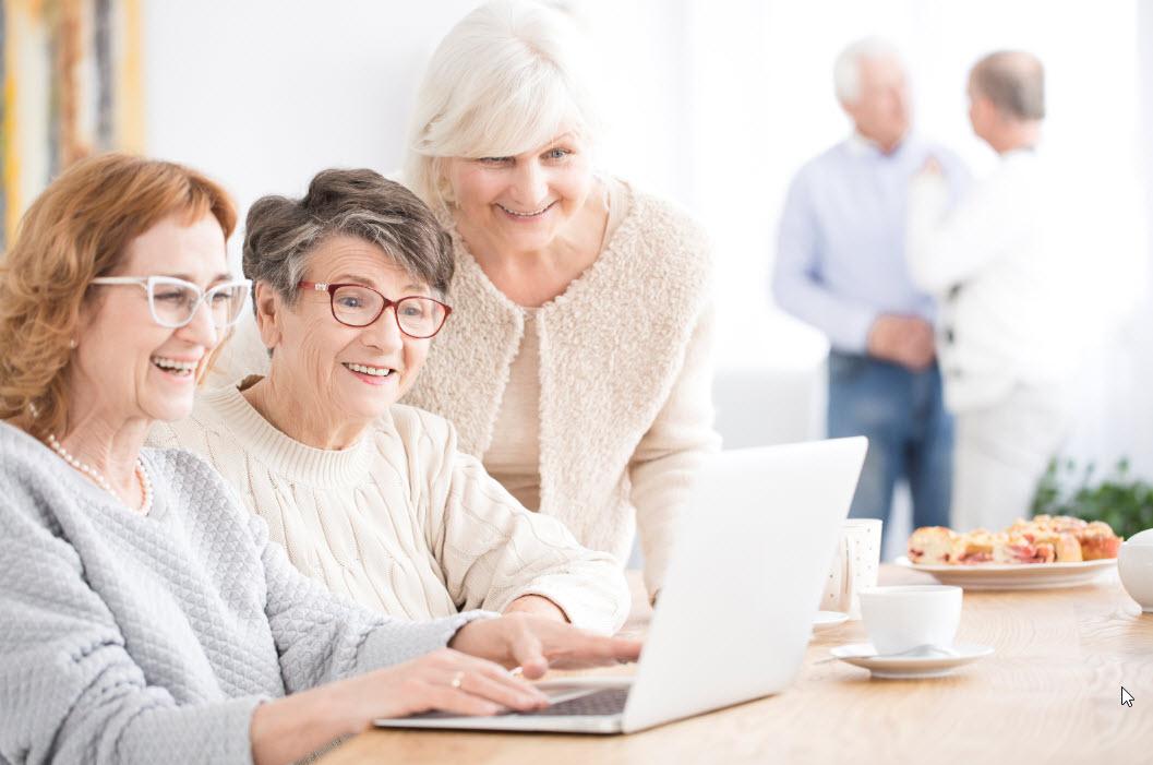 smiling-senior-women-using-laptop-PB8KU3A web